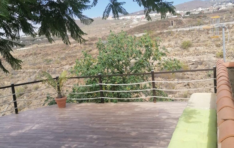 El Desierto finca for rent